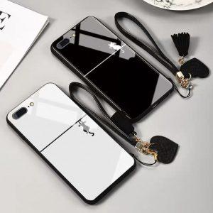 قاب-موبایل-آیفون-گربه-دیوار-مشکی-سفید-بند-ست-چرمی